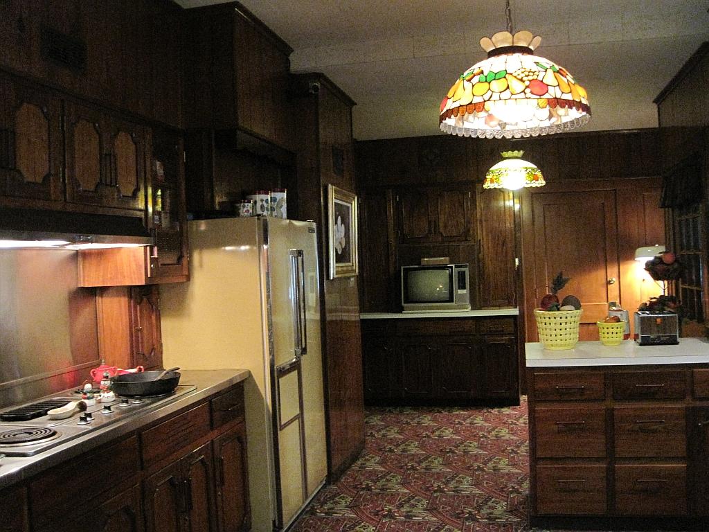 Linda S Kitchen