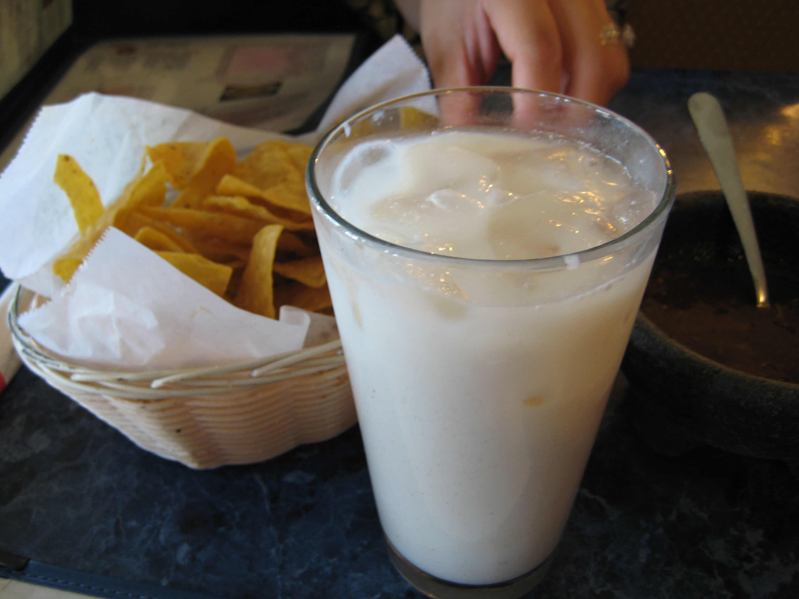 File:Horchata de arroz.jpg - Wikimedia Commons