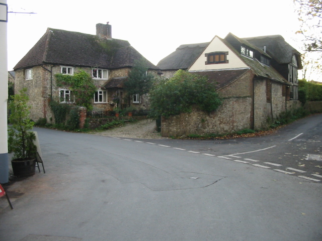 File:Houses on the junction of High Street and Hog Lane - geograph.org.uk - 1022852.jpg