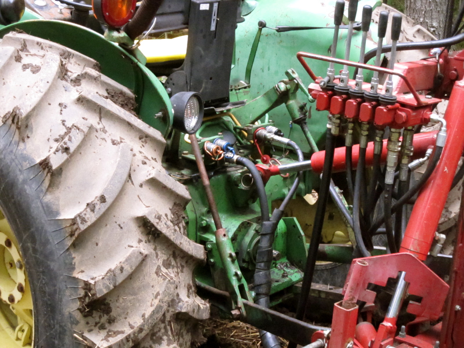Hydraulic Post Drivers For Tractors : File hydraulic controls tractor and post driver g