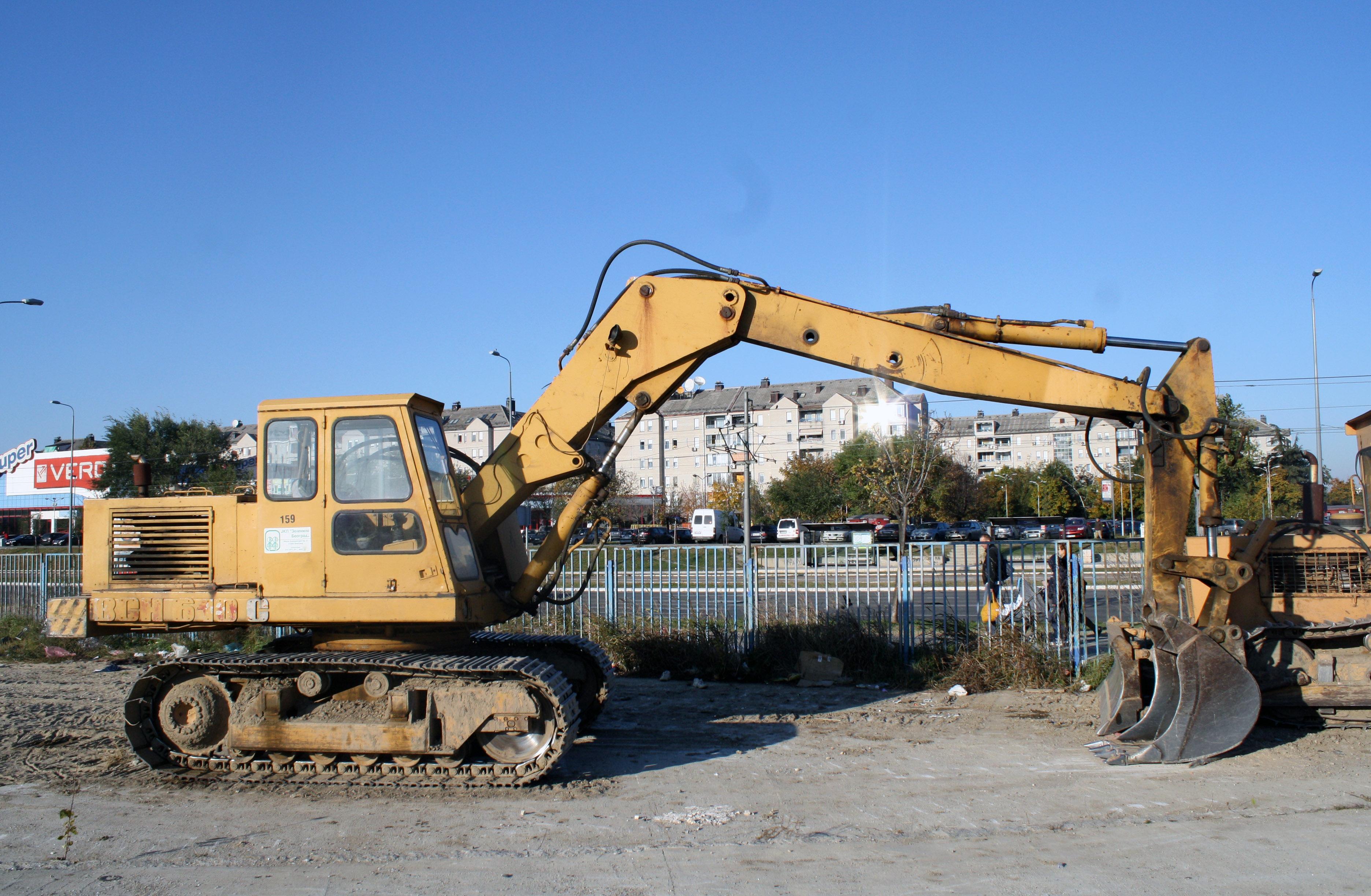 File:IMK BGH 610C JKP Zelenilo.jpg