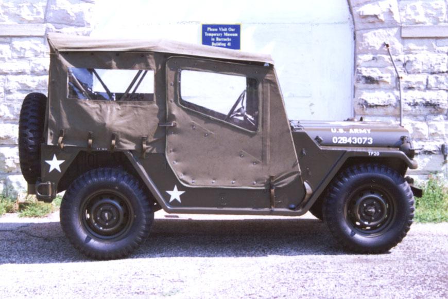 JeepRightTopDownM151.jpg