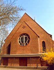 Katholische Pfarrkirche Heilig Kreuz3.jpg