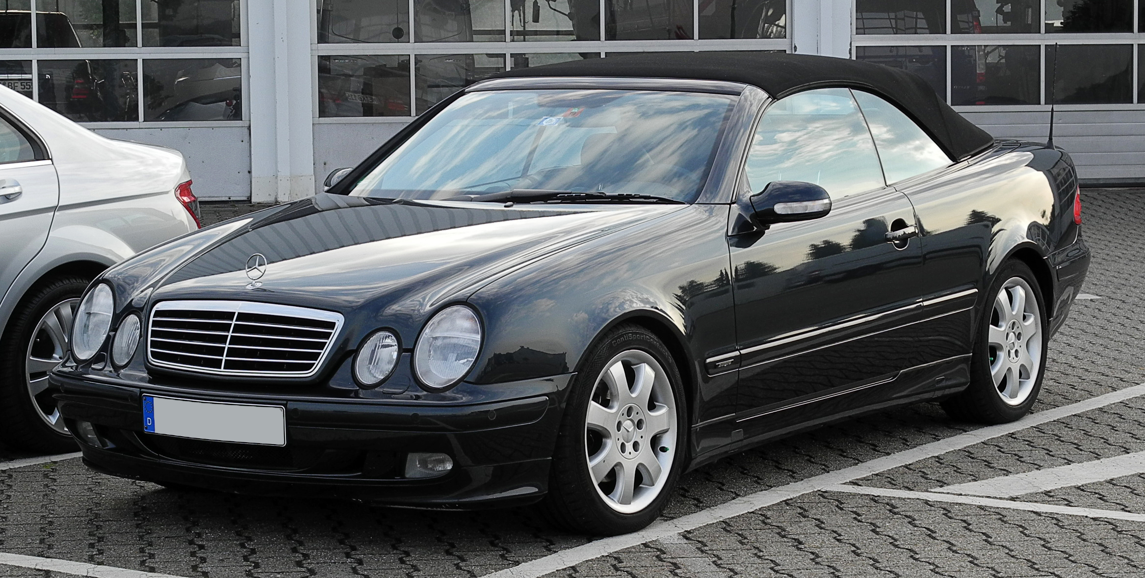 Mercedes benz clk klasse bilder for Mercedes benz clk 500