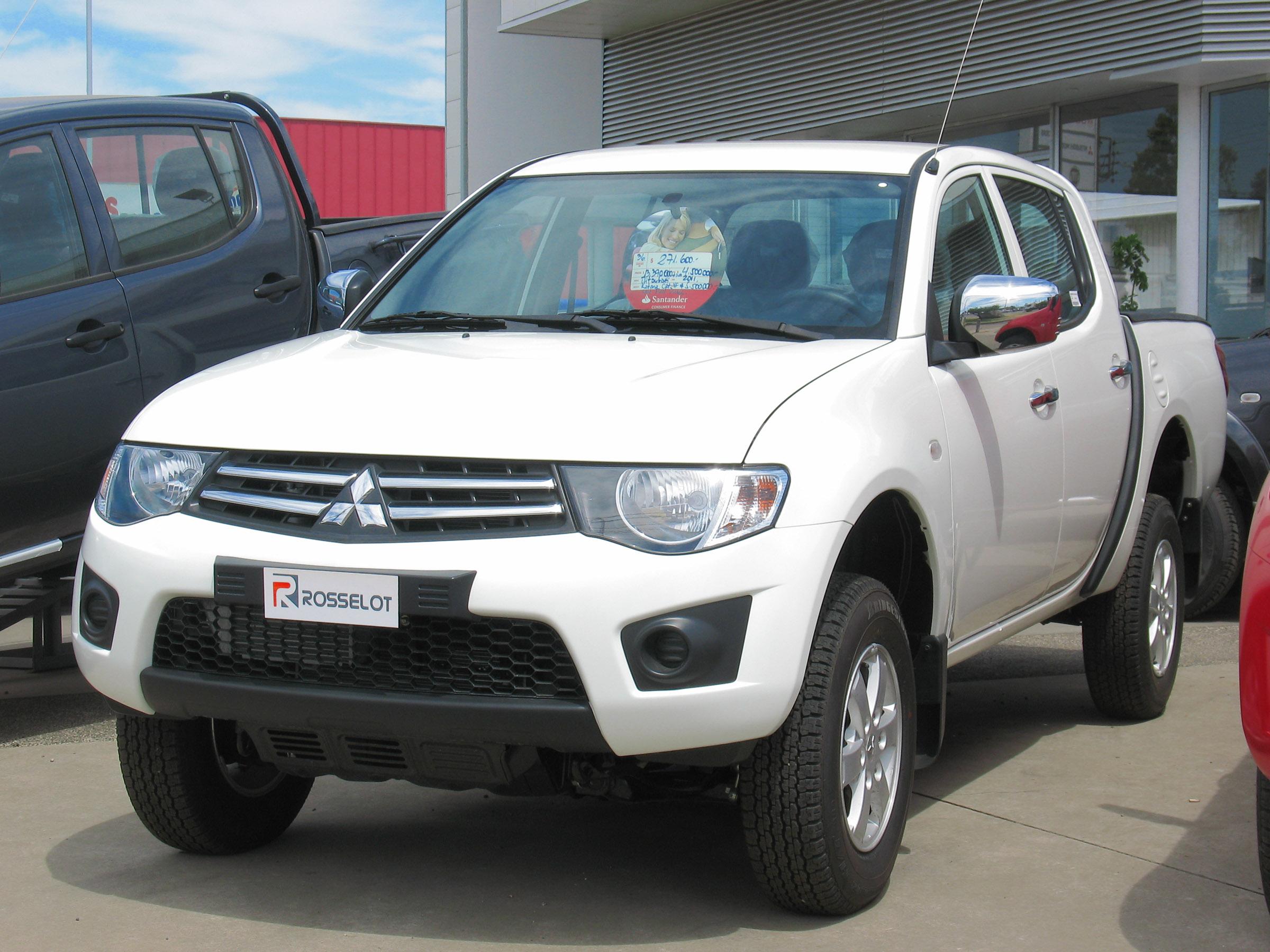 2011 Mitsubishi L200 Auto Bild Ideen Warrior Fuse Box Filemitsubishi Katana Crt Crew Cab 15613028619