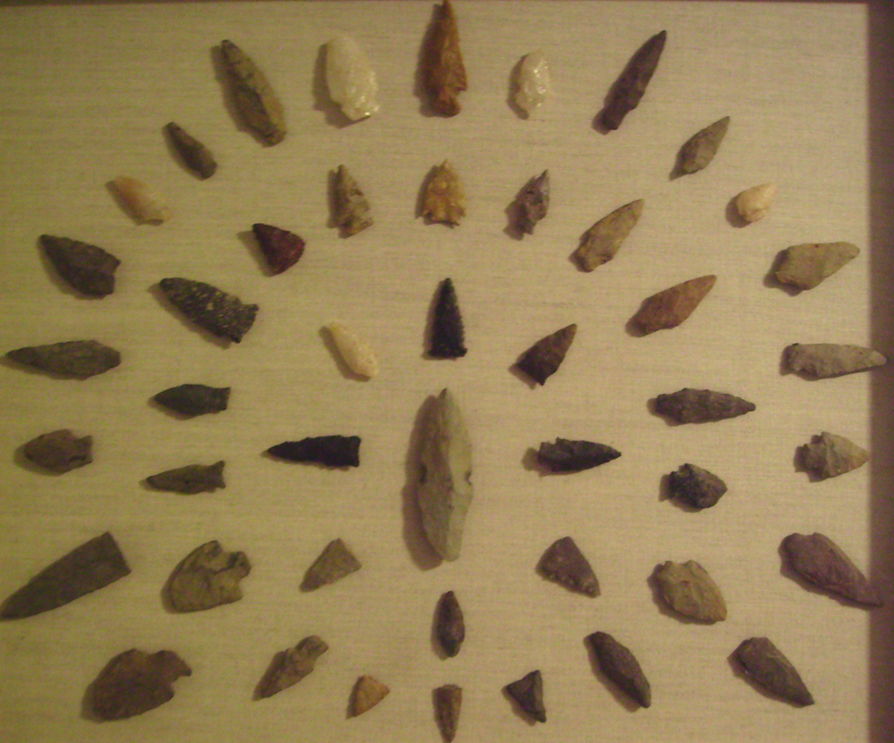 Na arrowheads.jpg