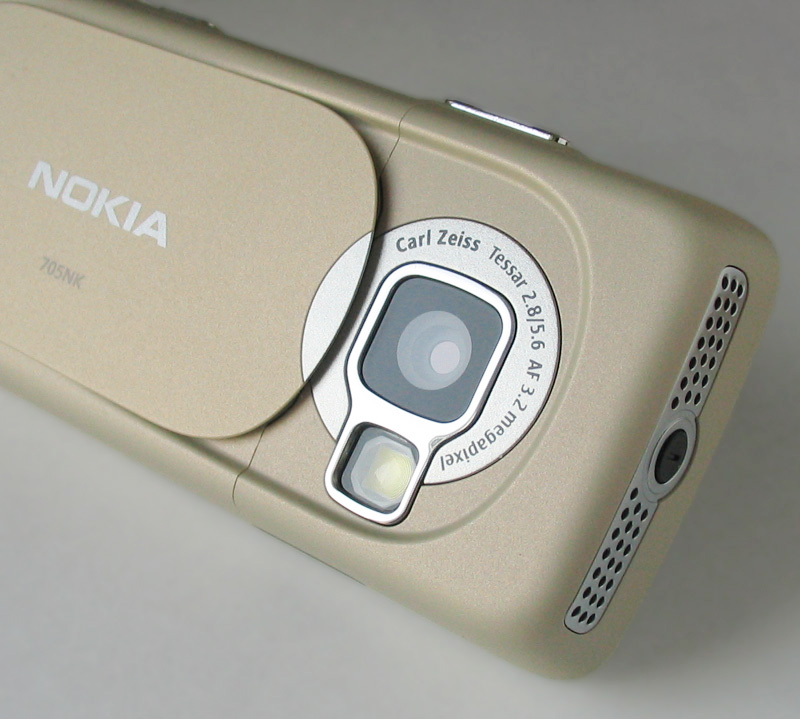 Best Camera Lens For Travel
