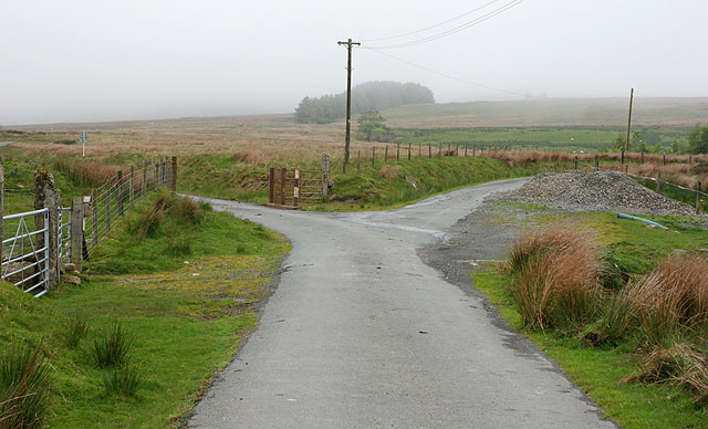 File:Parting of the ways - geograph.org.uk - 1325256.jpg