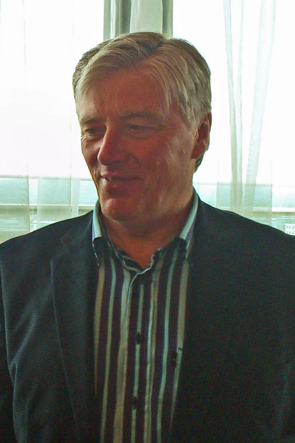 Pat Kenny Wikipedia