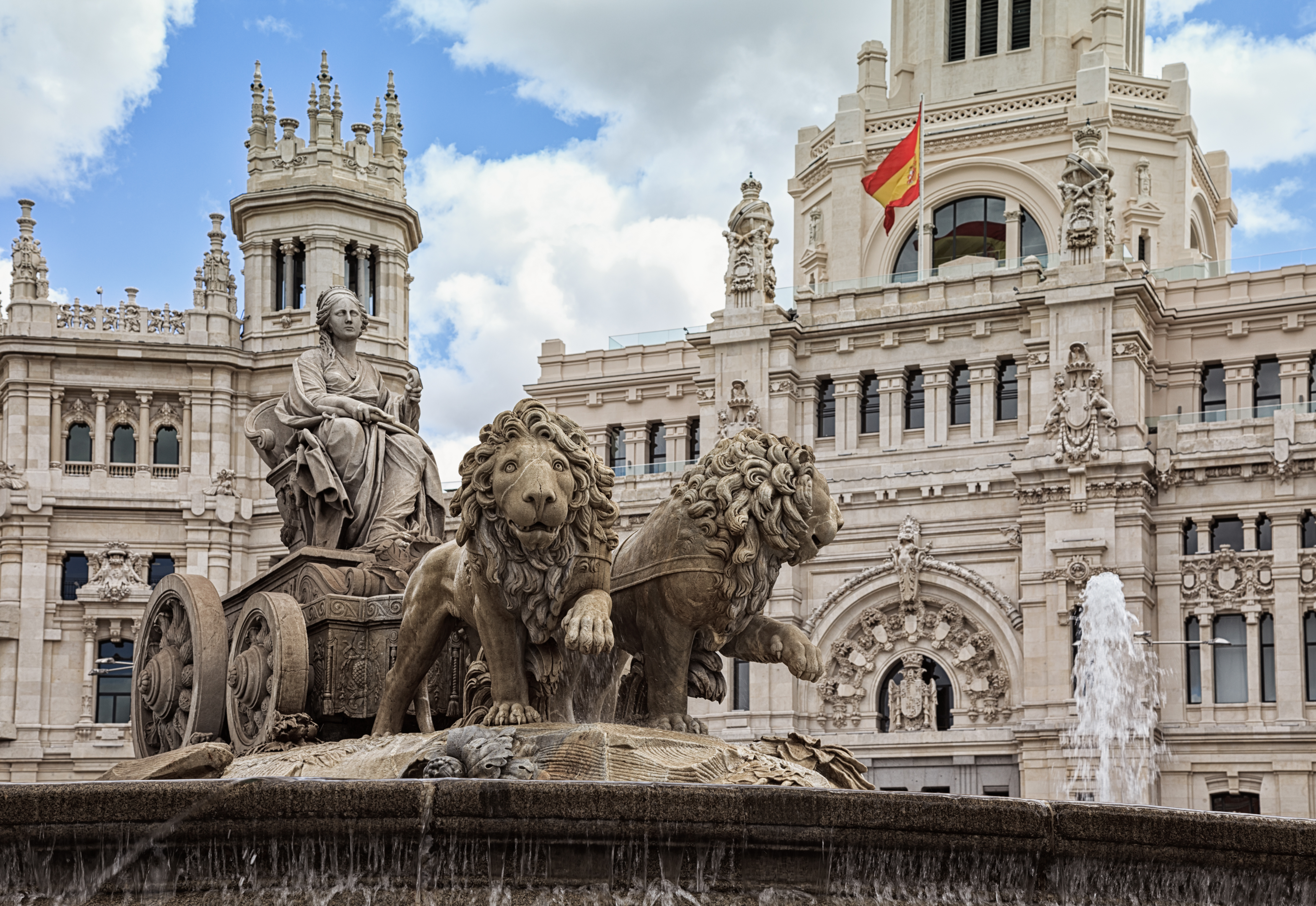 File Plaza De Cibeles Madrid Spain Qmin Jpg Wikimedia
