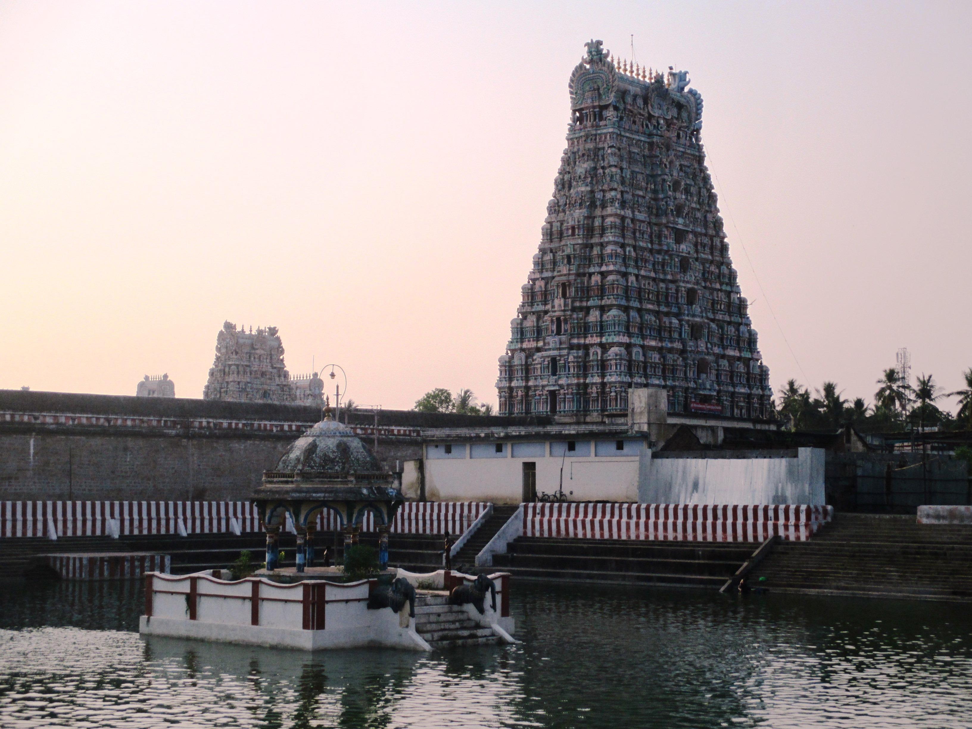 Rajagopalaswamy Temple, Mannargudi - Wikipedia