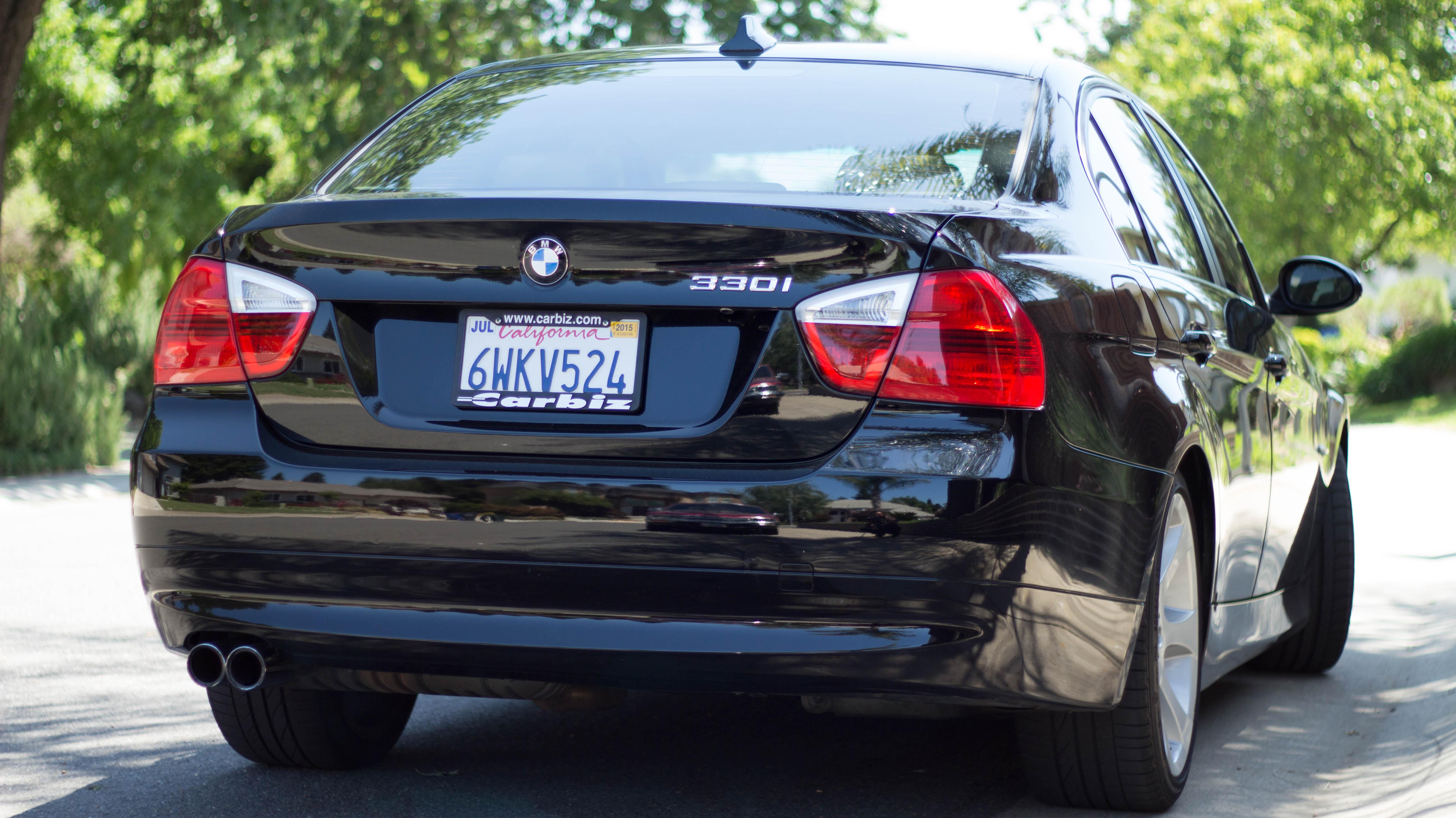 FileRear View Of A BMW E90 330i 2006 Pre LCI Black Color With