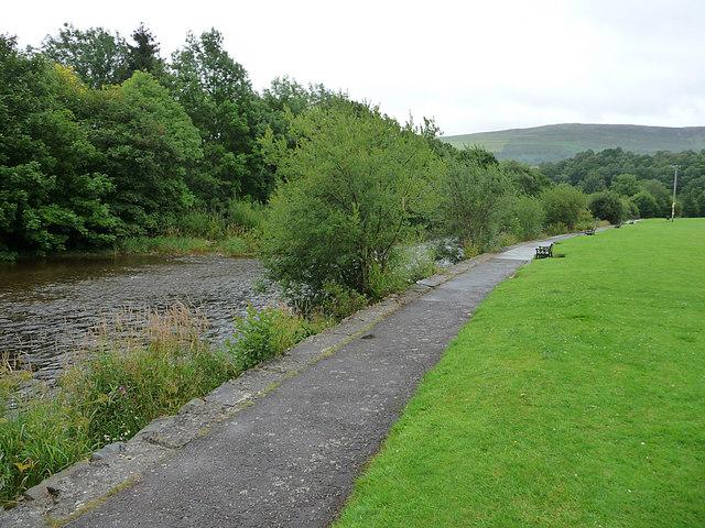 River Wye at Rhayader - geograph.org.uk - 1526698