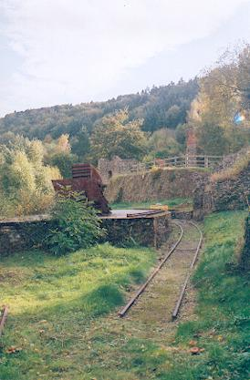 Rusting rails. - geograph.org.uk - 326483