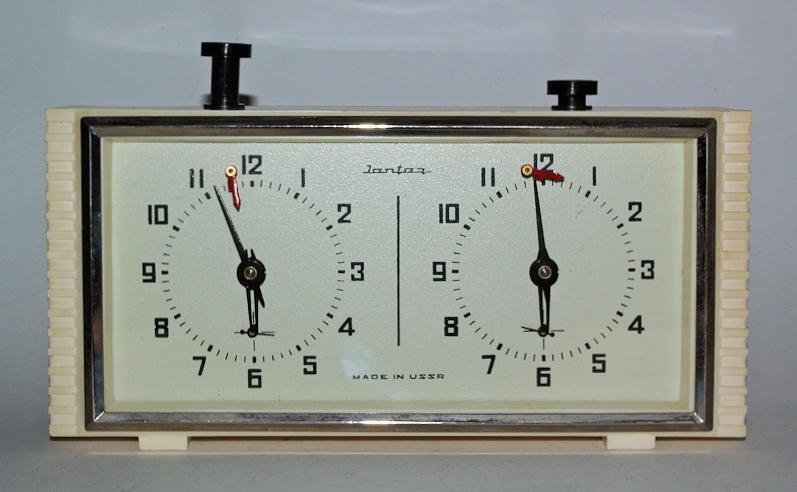 Шашечные часы купить копии часы rado купить в