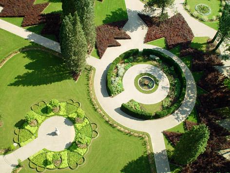 Planetengarten im Schlosspark Eggenberg (Detail)