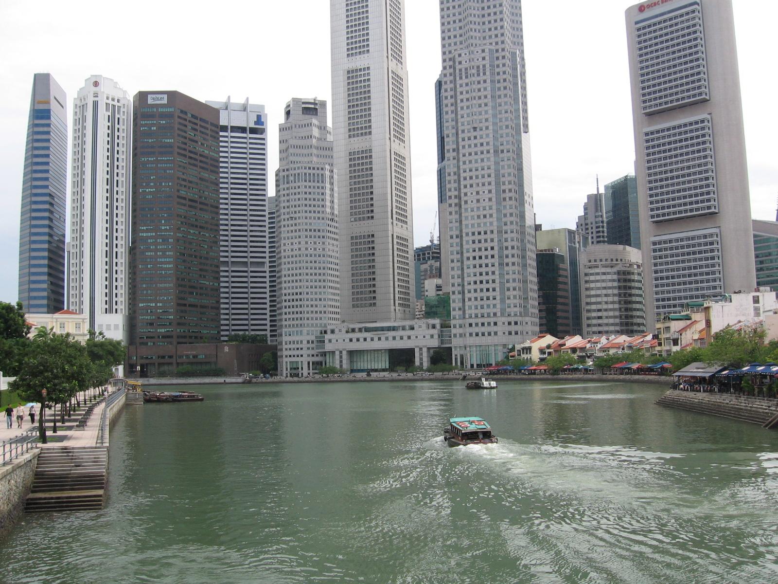 Redistribution >> File:Singapore River 2, Dec 05.JPG - Wikimedia Commons