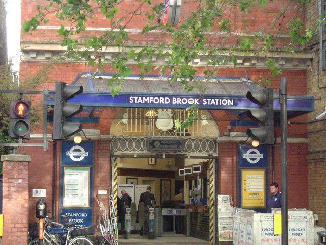 Stamford Brook station, Goldhawk Road, W6 - geograph.org.uk - 822928