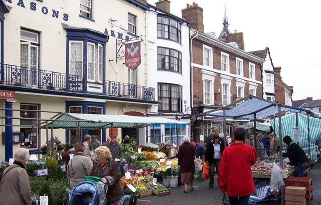 Street Market-Louth - geograph.org.uk - 697817.jpg
