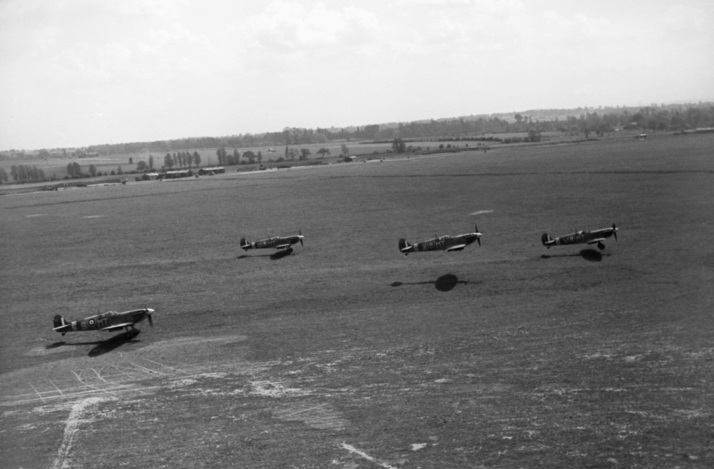 No. 524 Squadron RAF