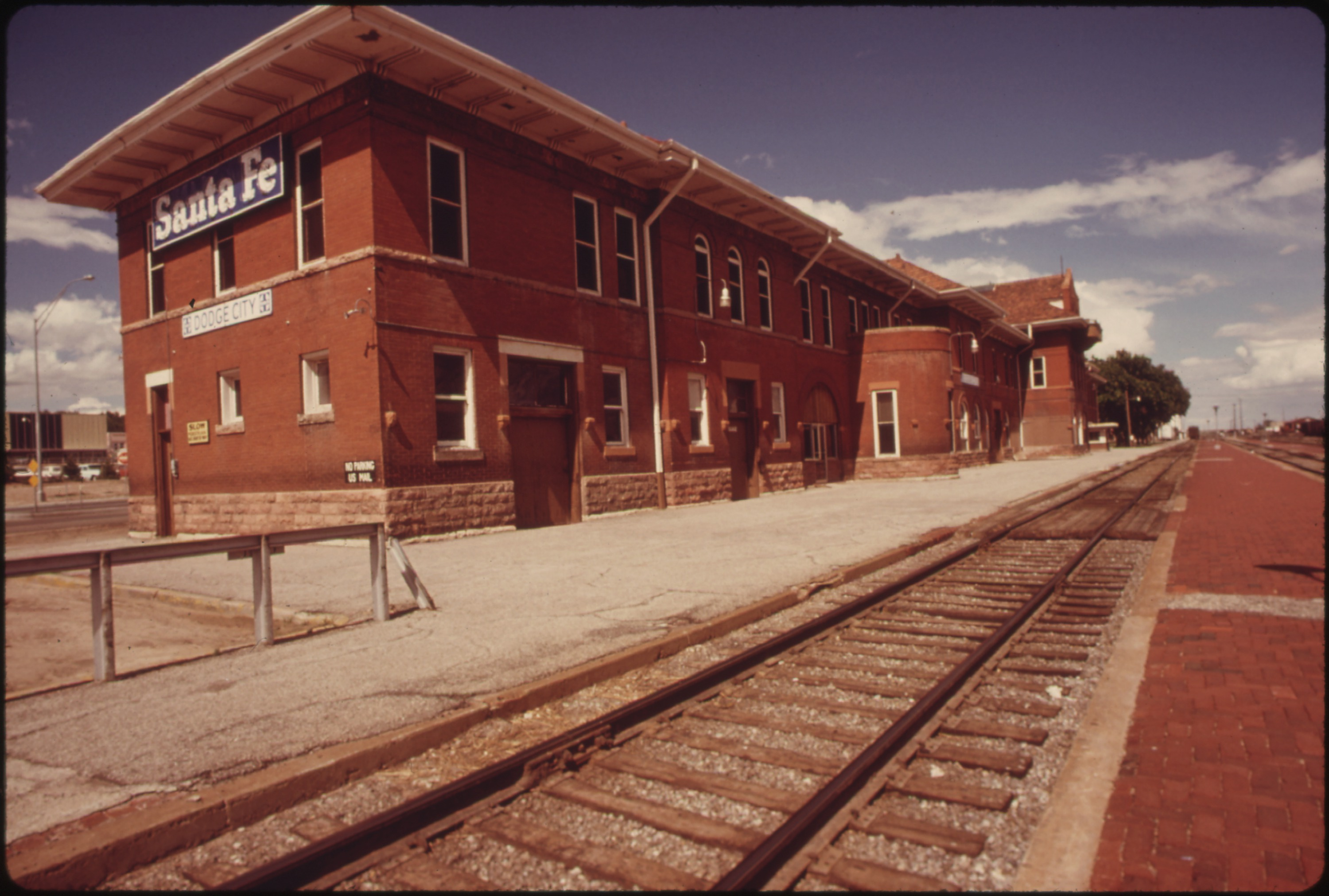 Santa Fe Ford >> File:TWO TRAINS A DAY, ONE EACH WAY, PASS THROUGH DODGE CITY KANSAS, ROUTE OF THE SOUTHWEST ...