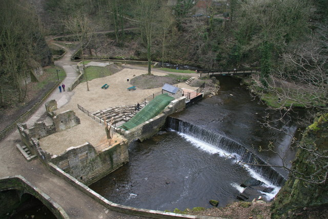 The Torrs, New Mill - geograph.org.uk - 1206714