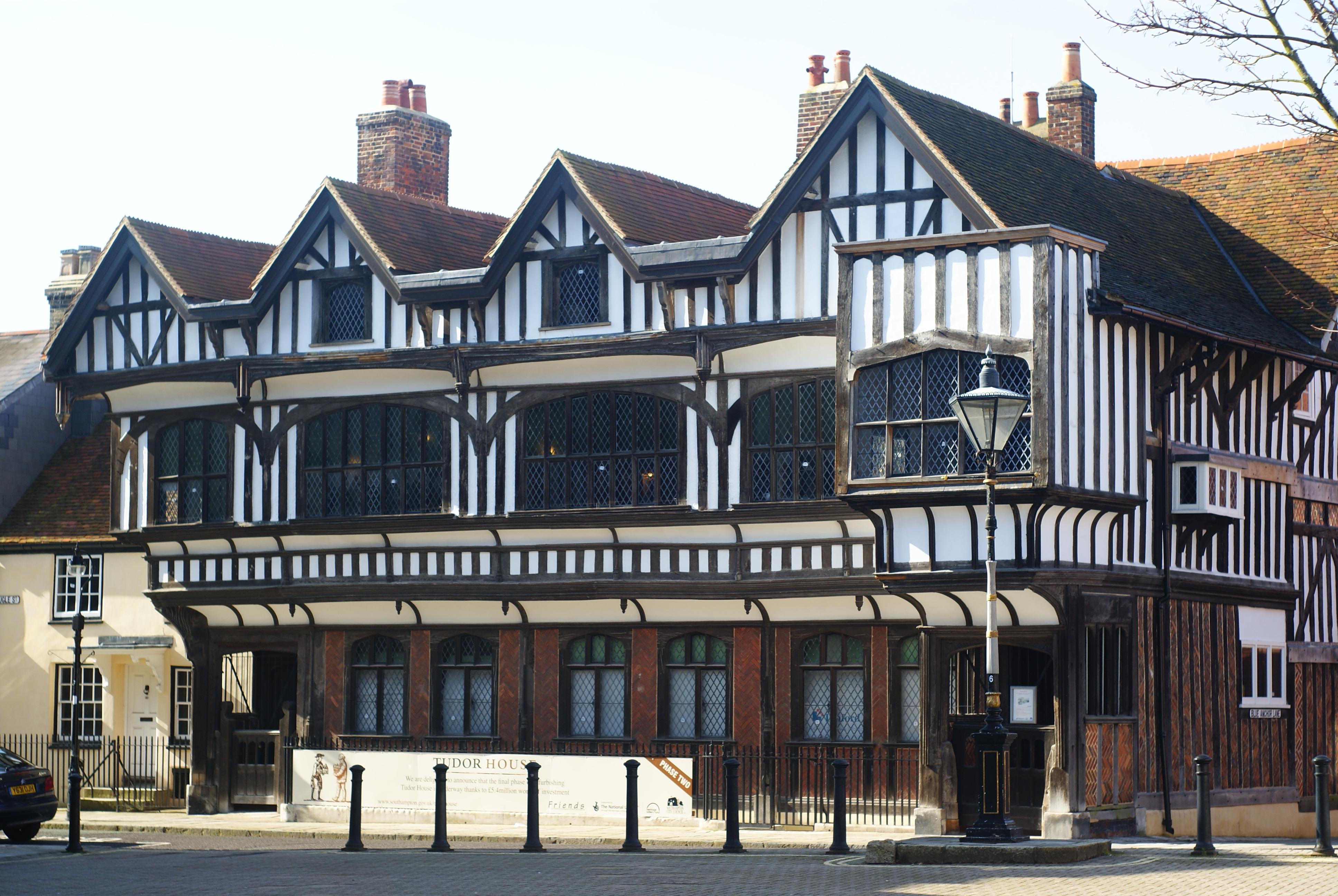 File Tudor House Southampton 1733014