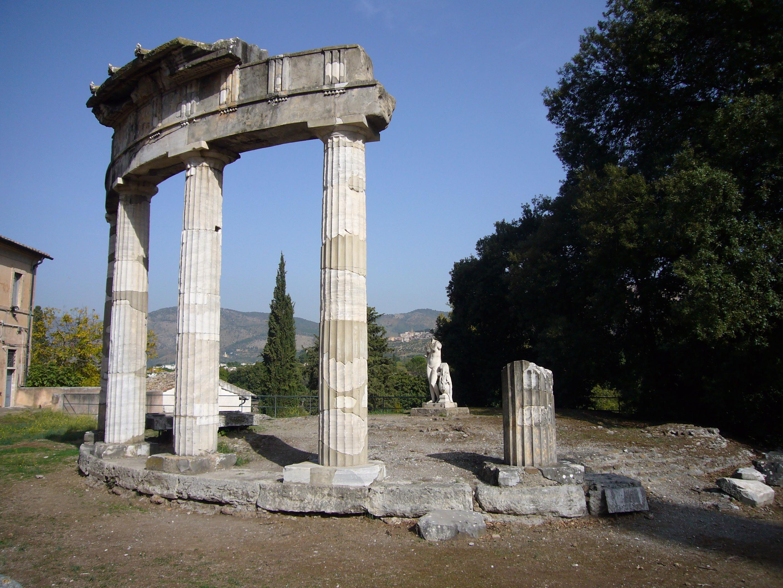 Tempio Di Venere Villa Borghese
