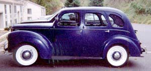 Description 1950CanadianFordPrefect.jpg
