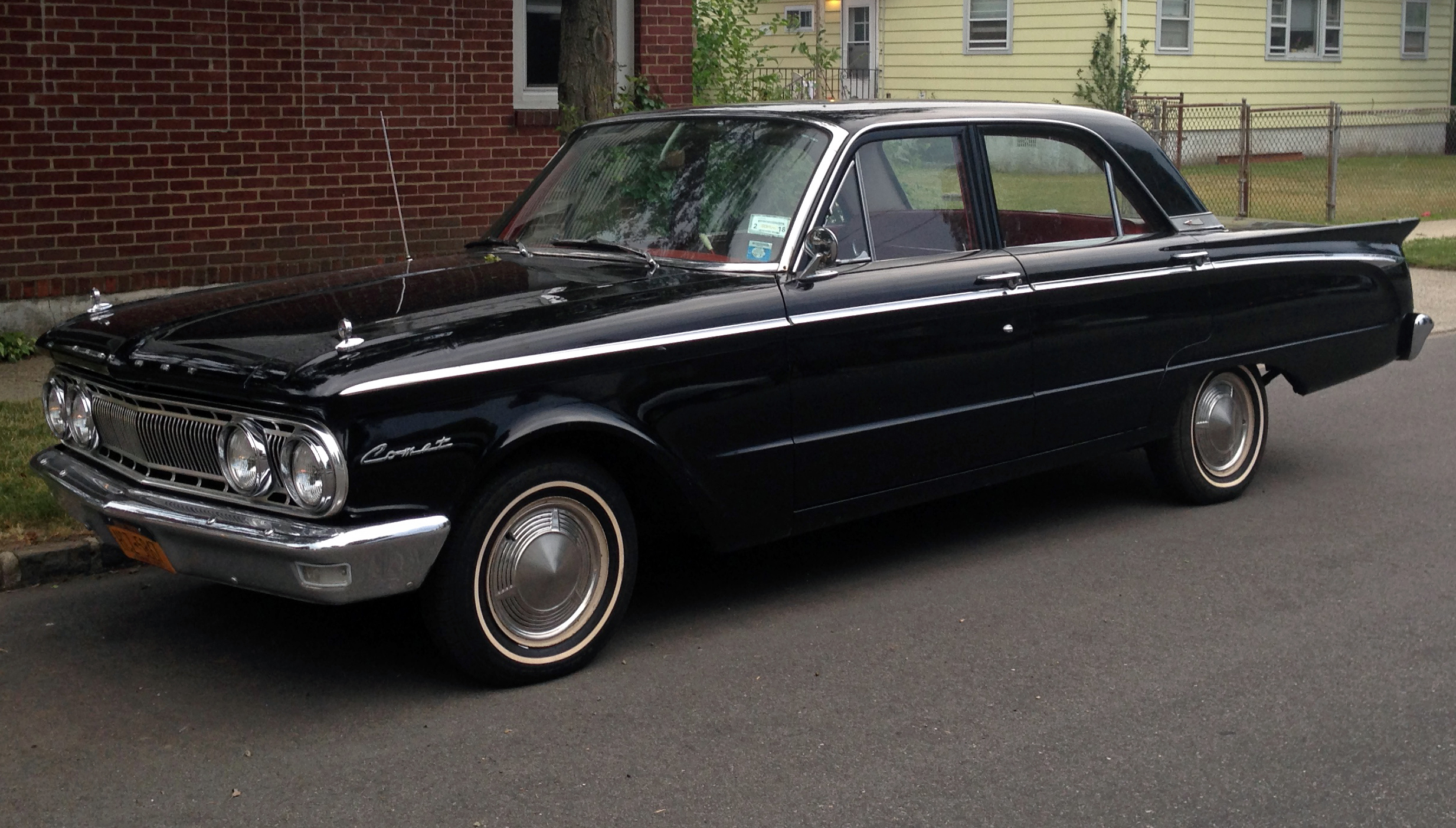 2 Door Convertible >> File:1962 Mercury Comet 4-door sedan (black, front left).jpg - Wikimedia Commons