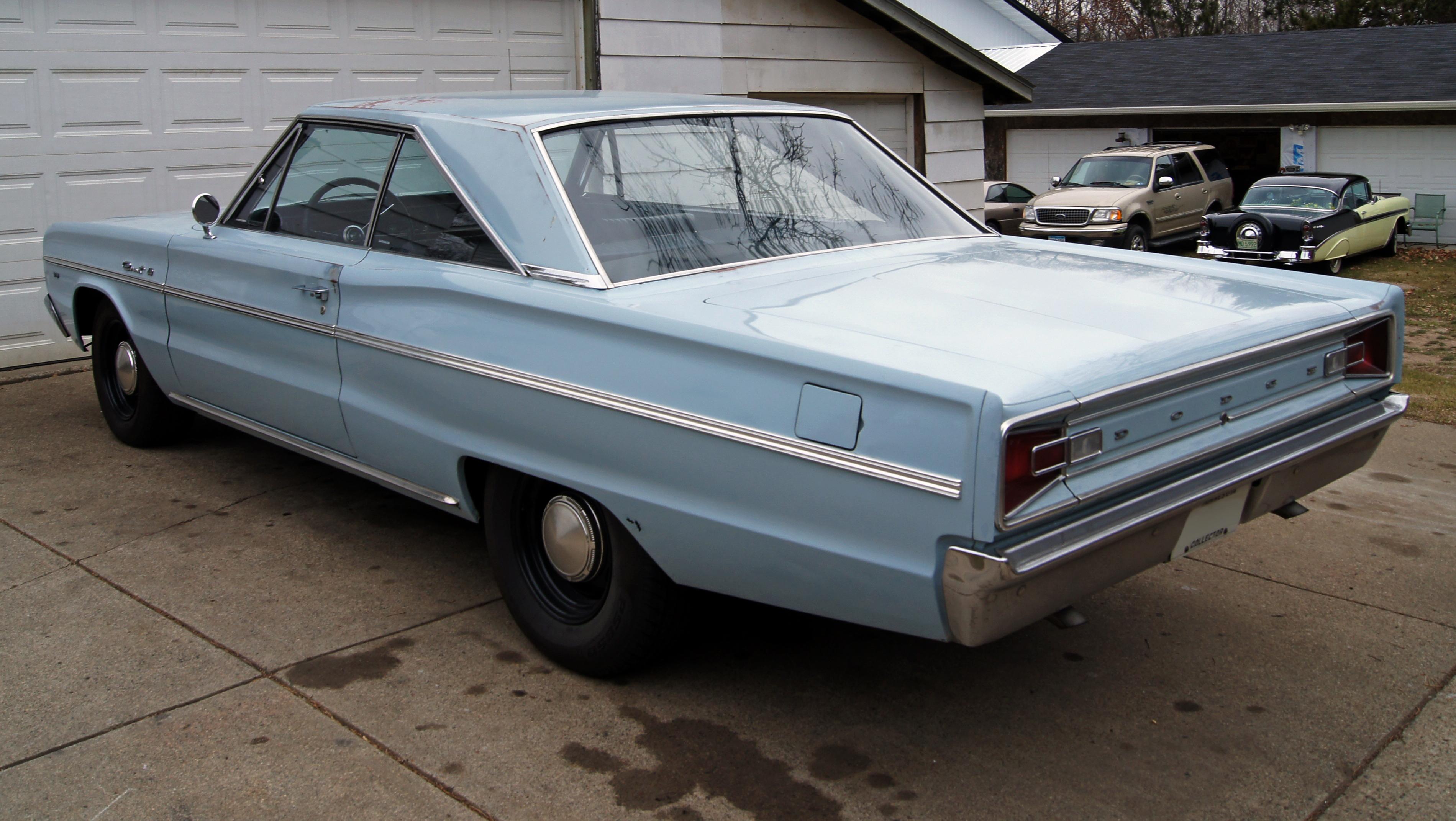 File:1966 Dodge Coronet 440 2dr HT rl.jpg - Wikimedia Commons