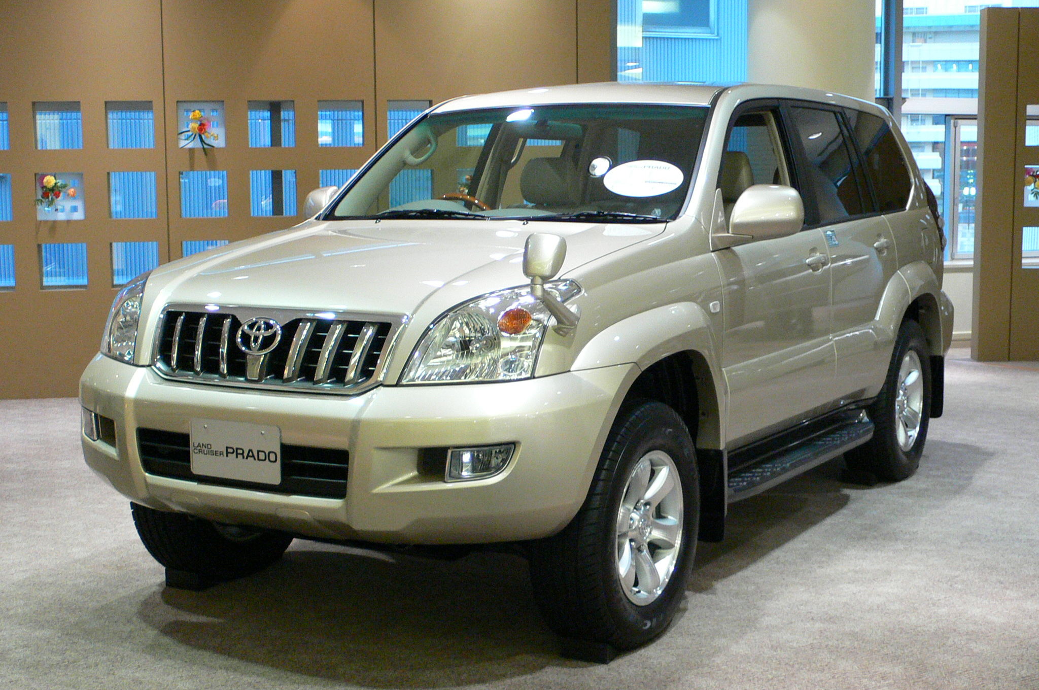 File 2002 toyota land cruiser prado 01 jpg