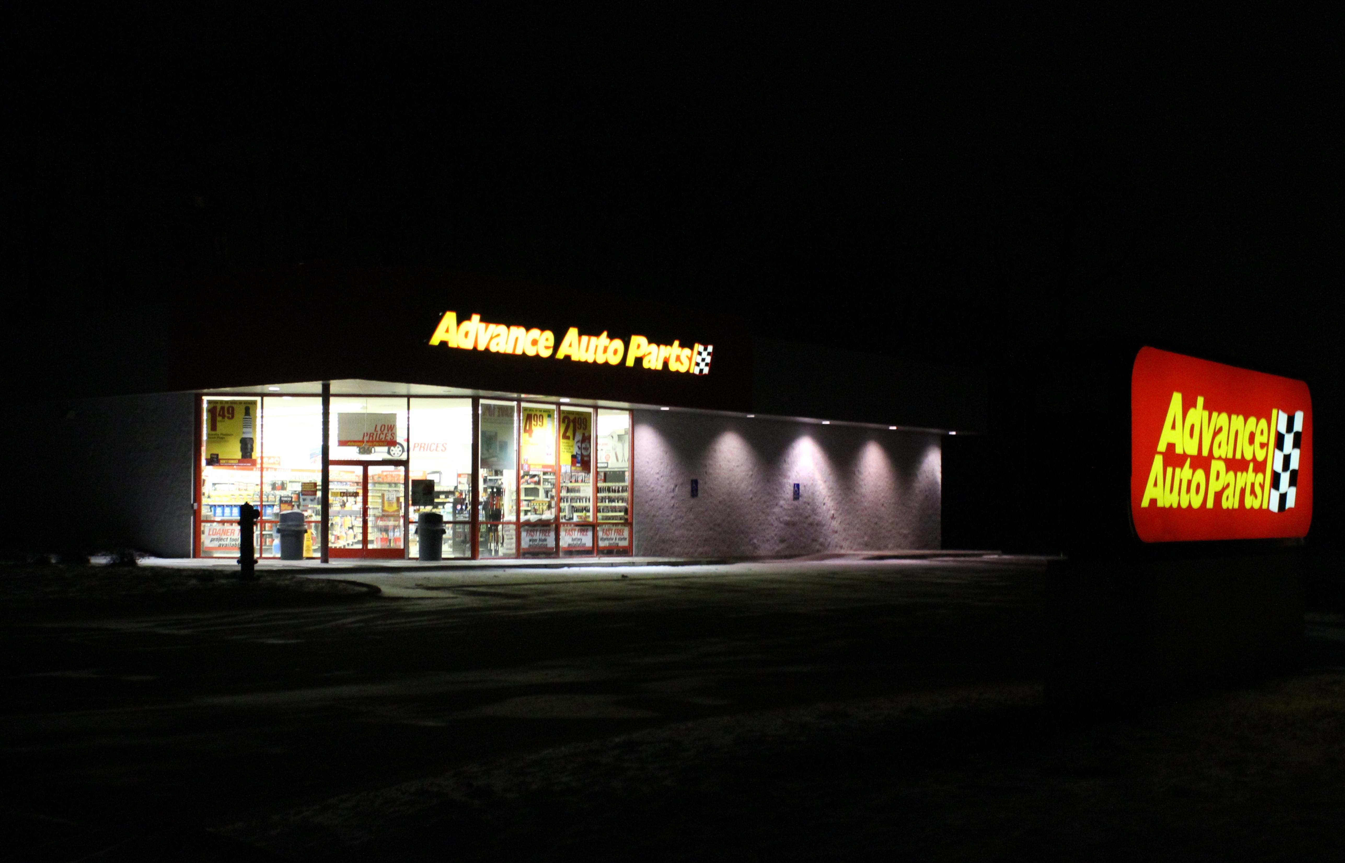 File Advance Auto Parts Store At Night Pittsfield Township