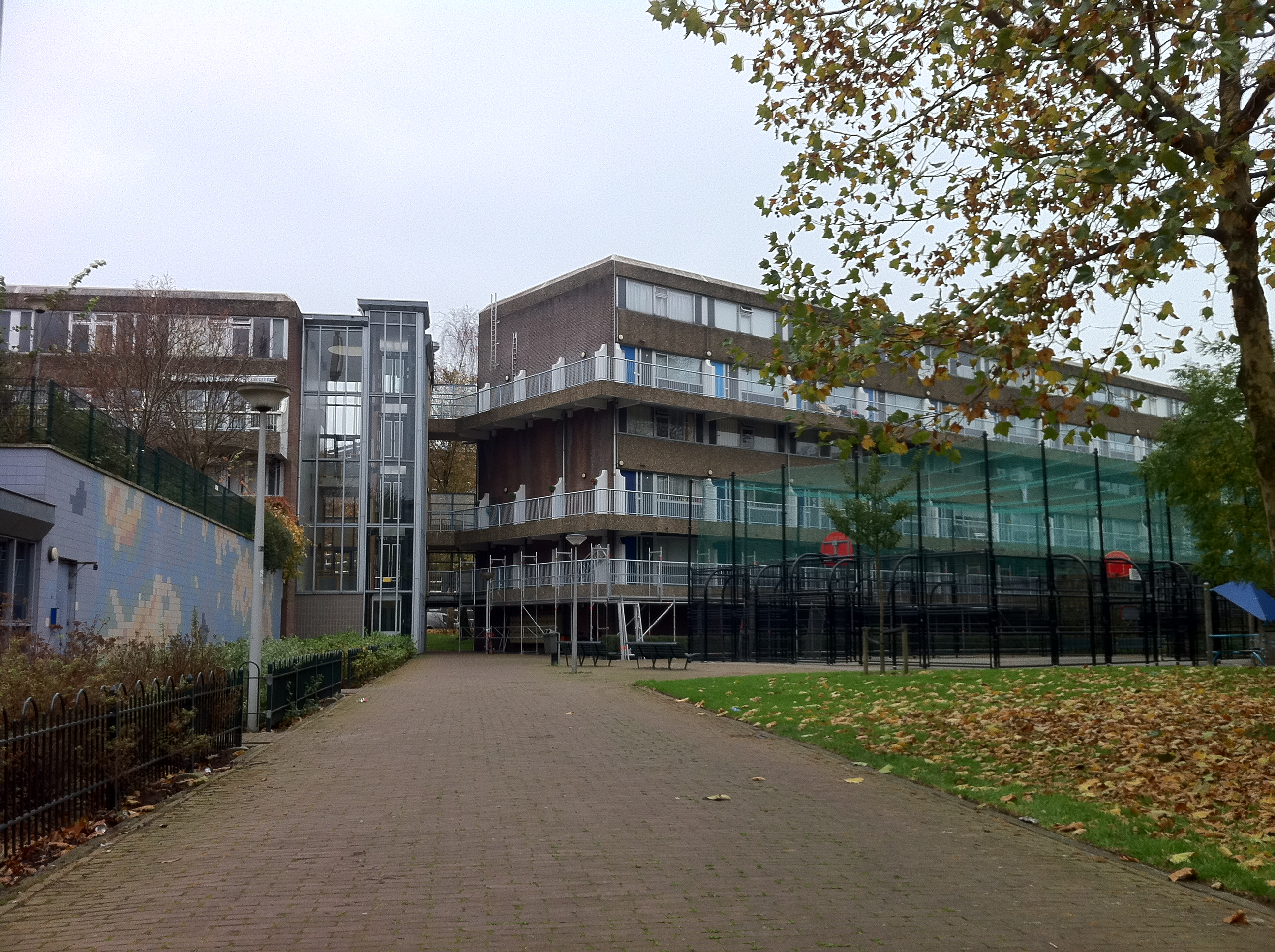 File amsterdam kattenburg v jpg wikimedia commons for Amsterdam b b centro