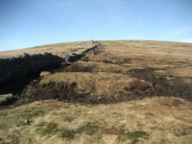 Ascending Buckden Pike - geograph.org.uk - 1212864