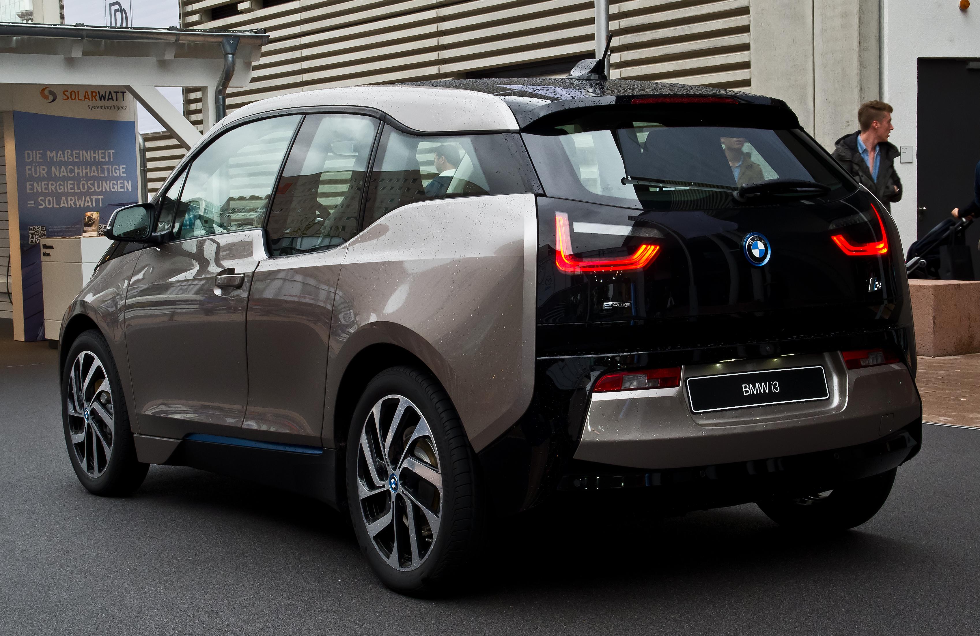 BMW_i3_%E2%80%93_Heckansicht,_14._Septem