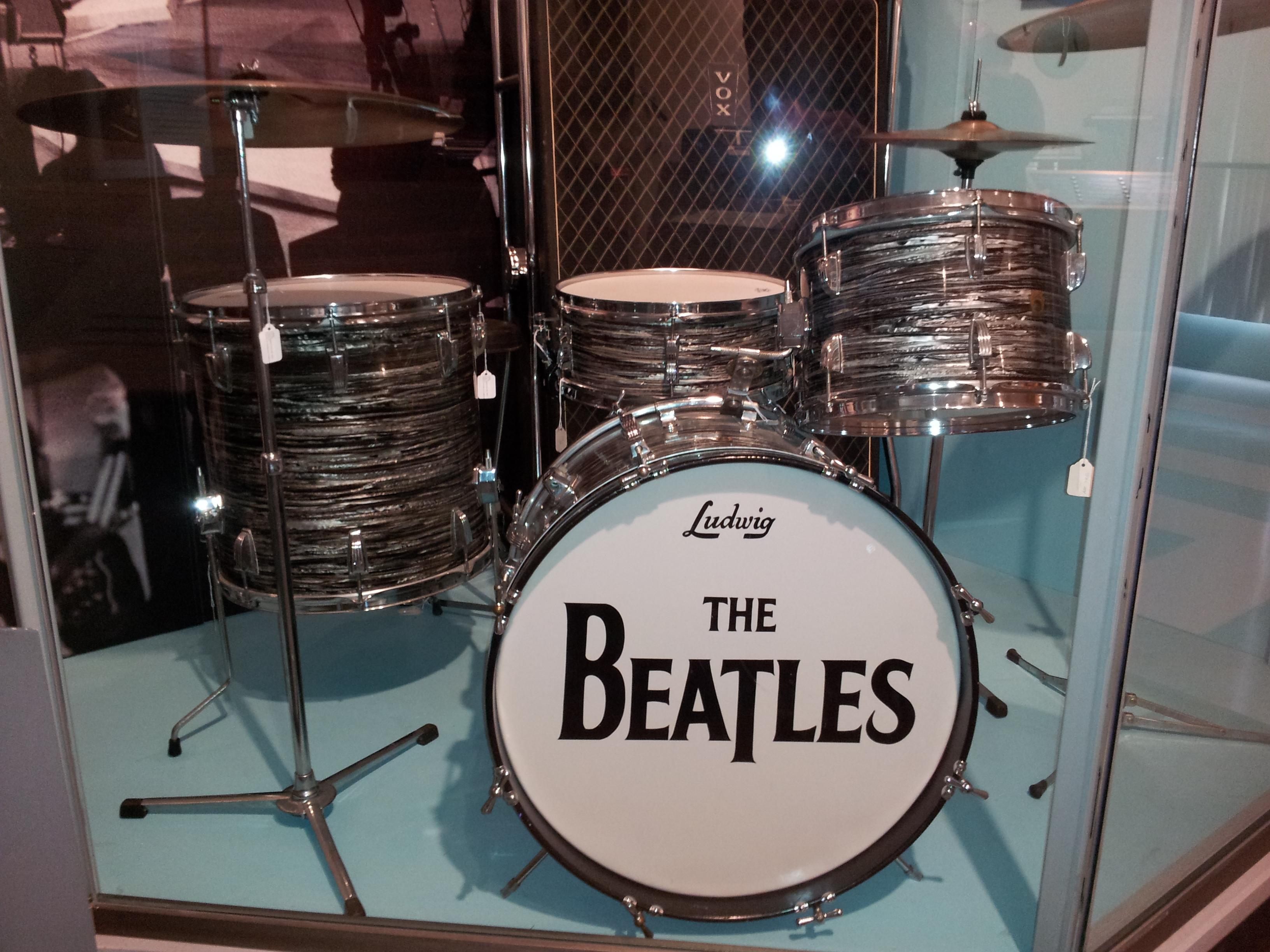 File Beatles Ludwig Drumset Vox Super Beatle Amplifier Museum Of