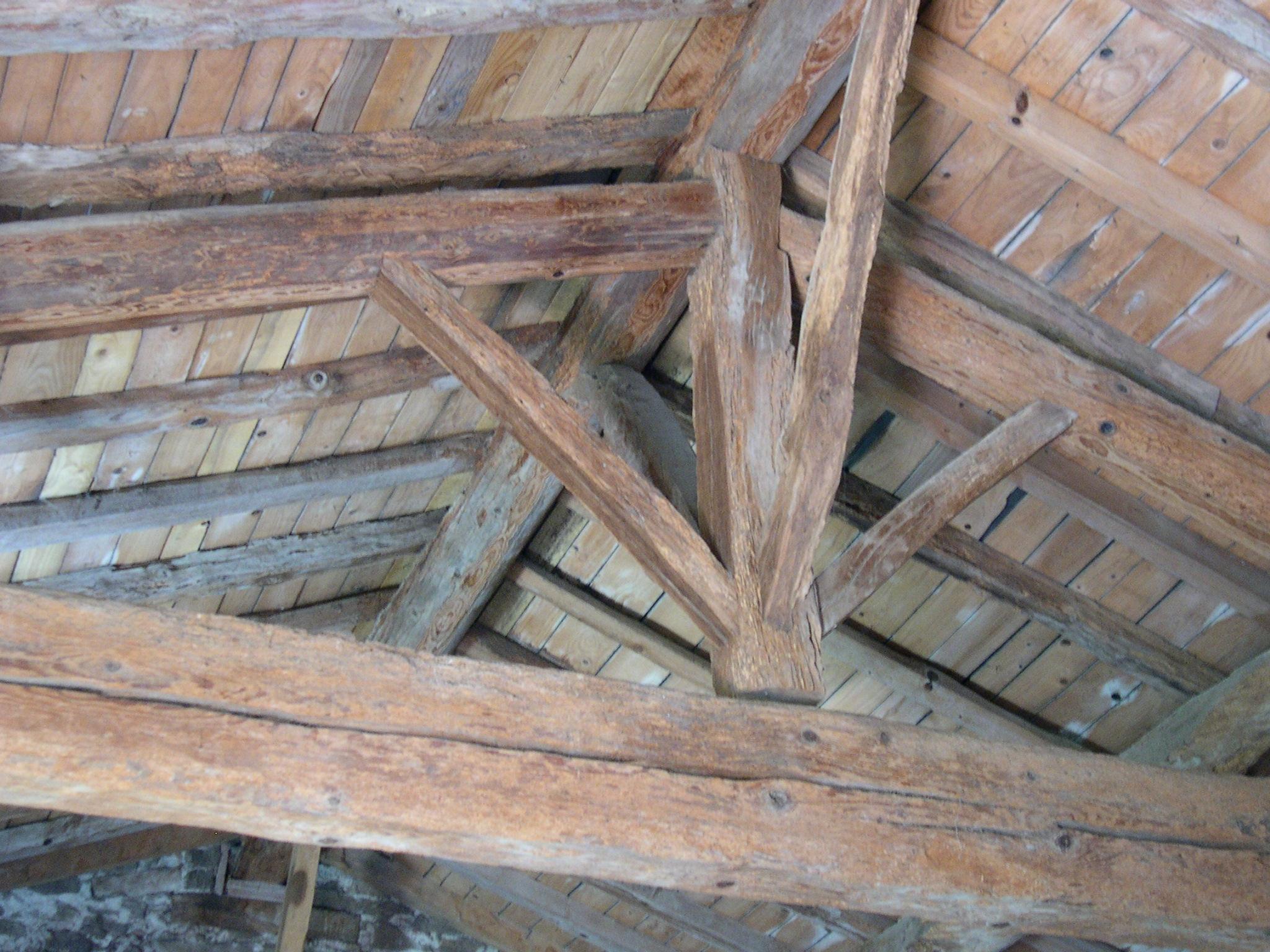 File charpenteboistradi2 jpg wikimedia commons - Ossature pour terrasse bois ...