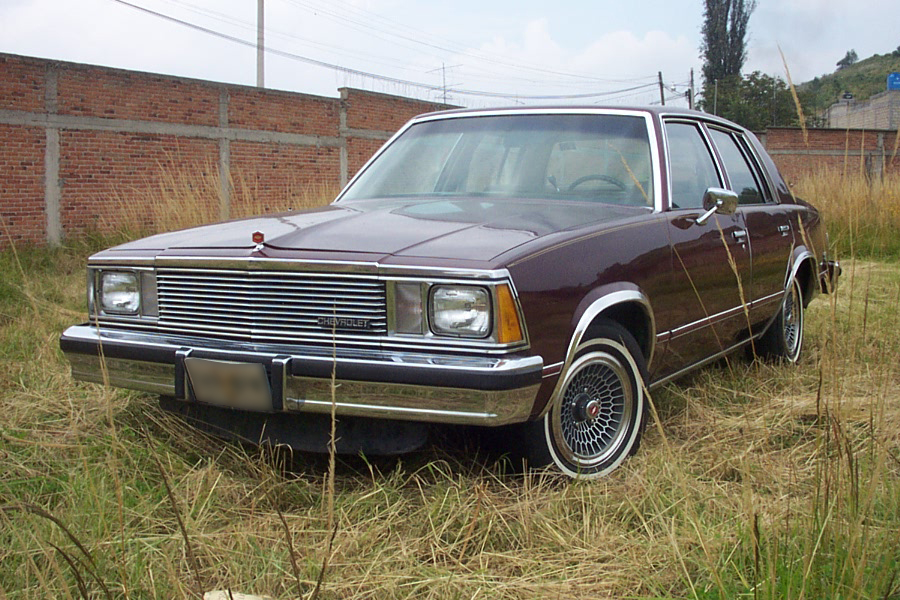 chevrolet malibu classic car photos, chevrolet malibu classic car