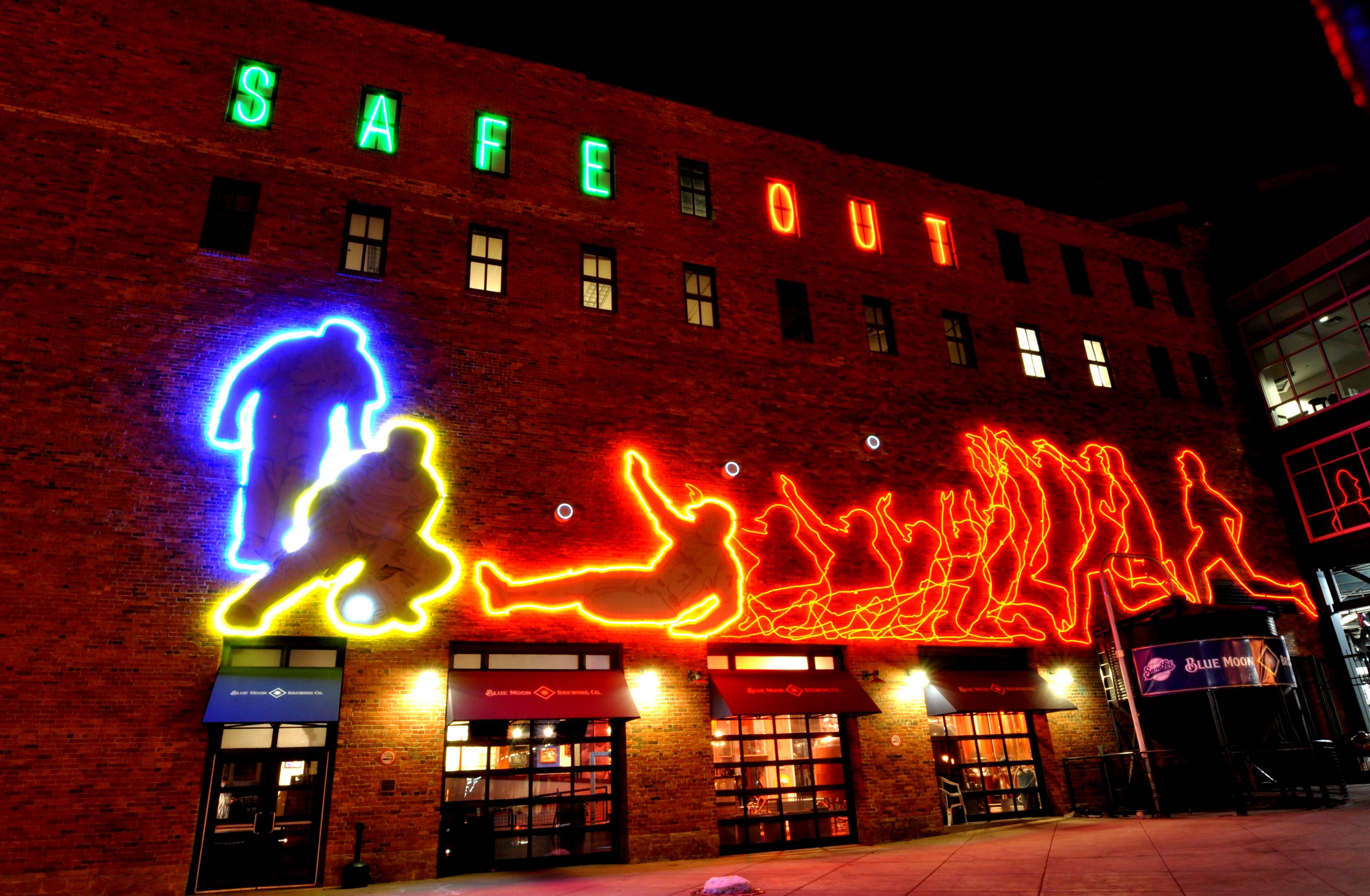 File:Coors Field Lights, Denver Colorado.JPG - Wikimedia ...