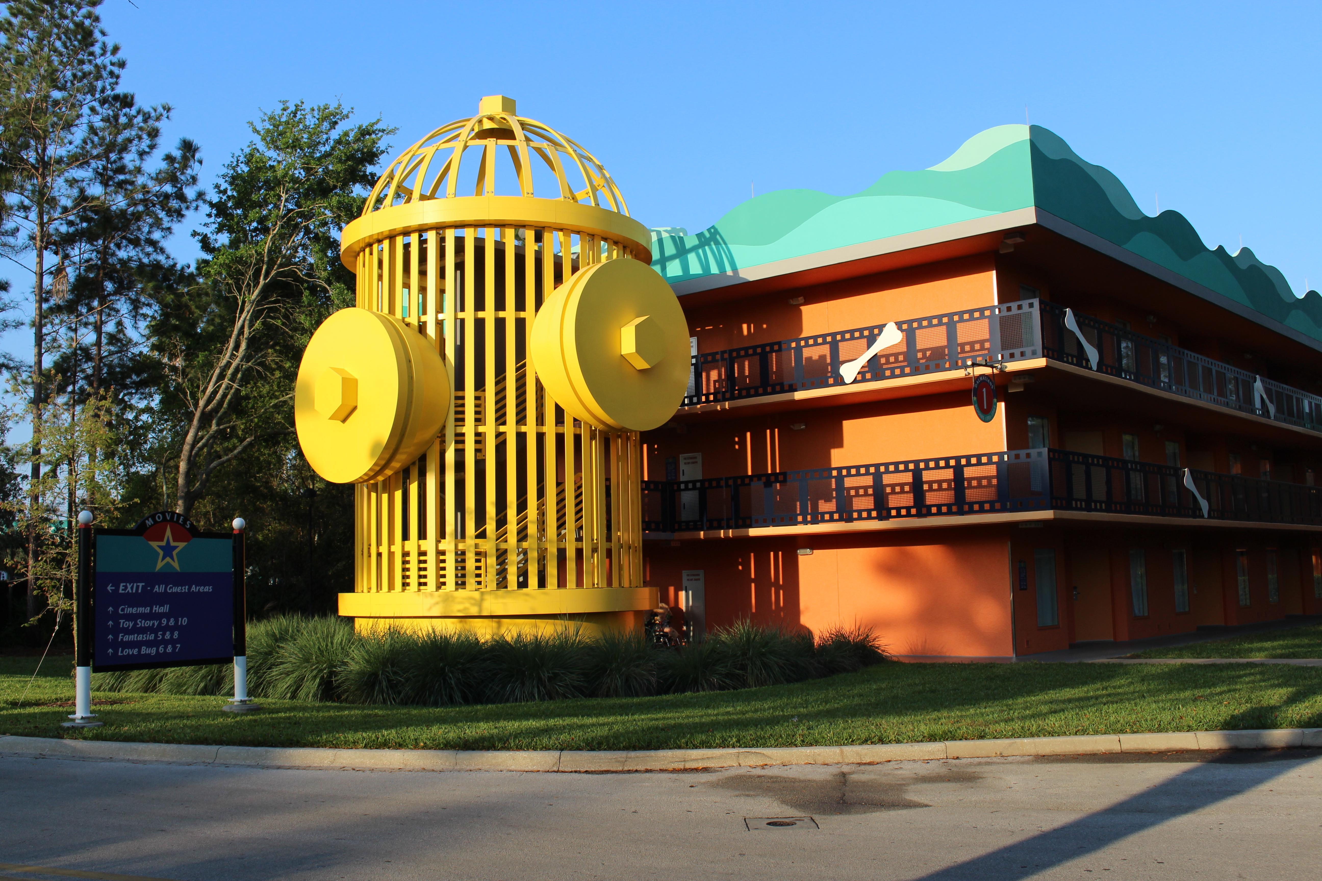 File Disney S All Star Movie Resort Giant Hydrant Jpg Wikimedia