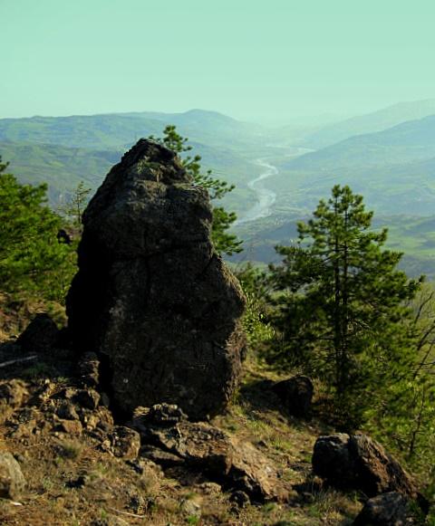 File:Dolmen - panoramio - nardi1987.jpg