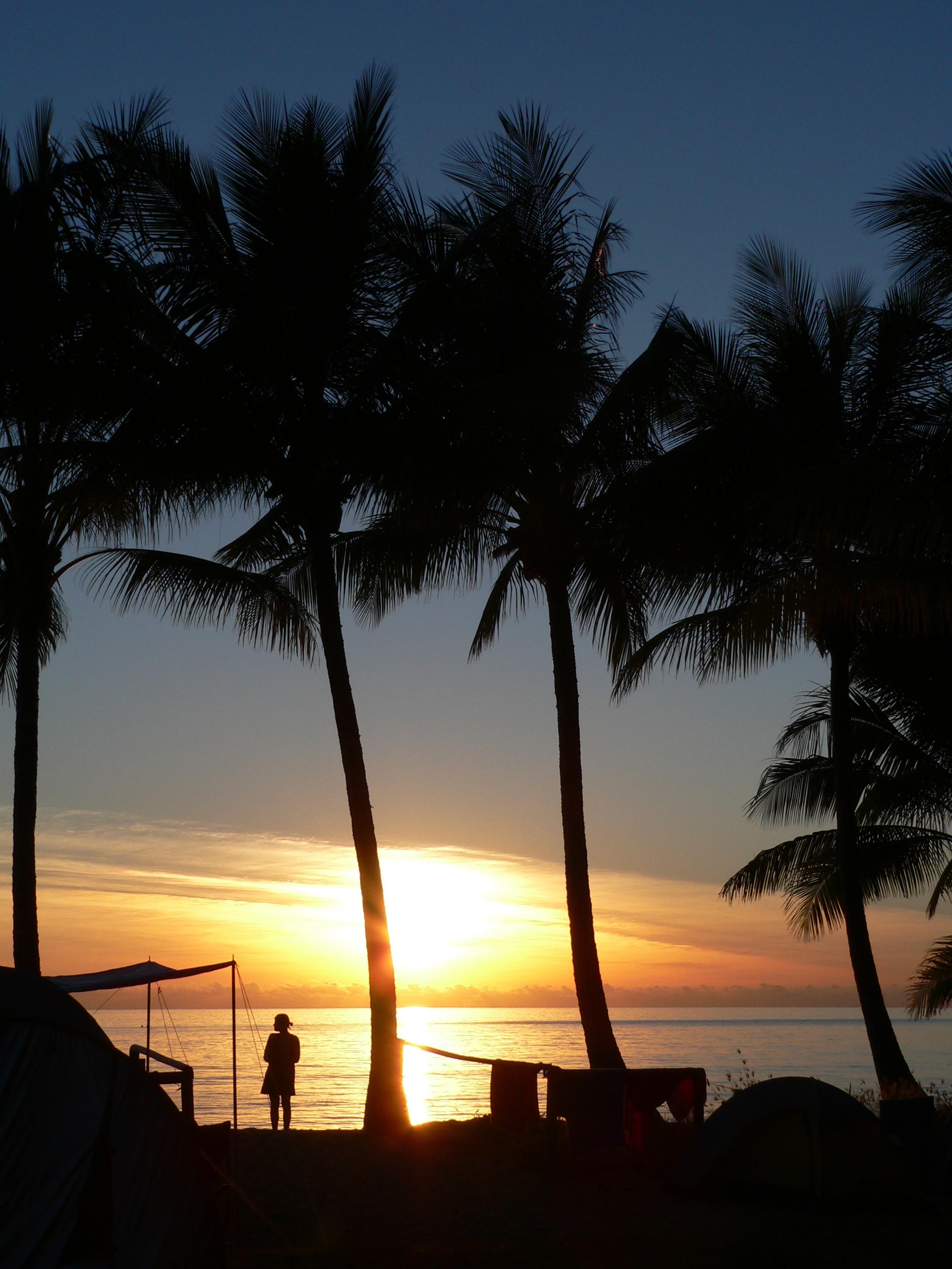 File Ellis Beach Queensland Sunrise Camping Jpg
