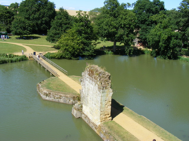 Entrance to Bodiam Castle - geograph.org.uk - 1412776