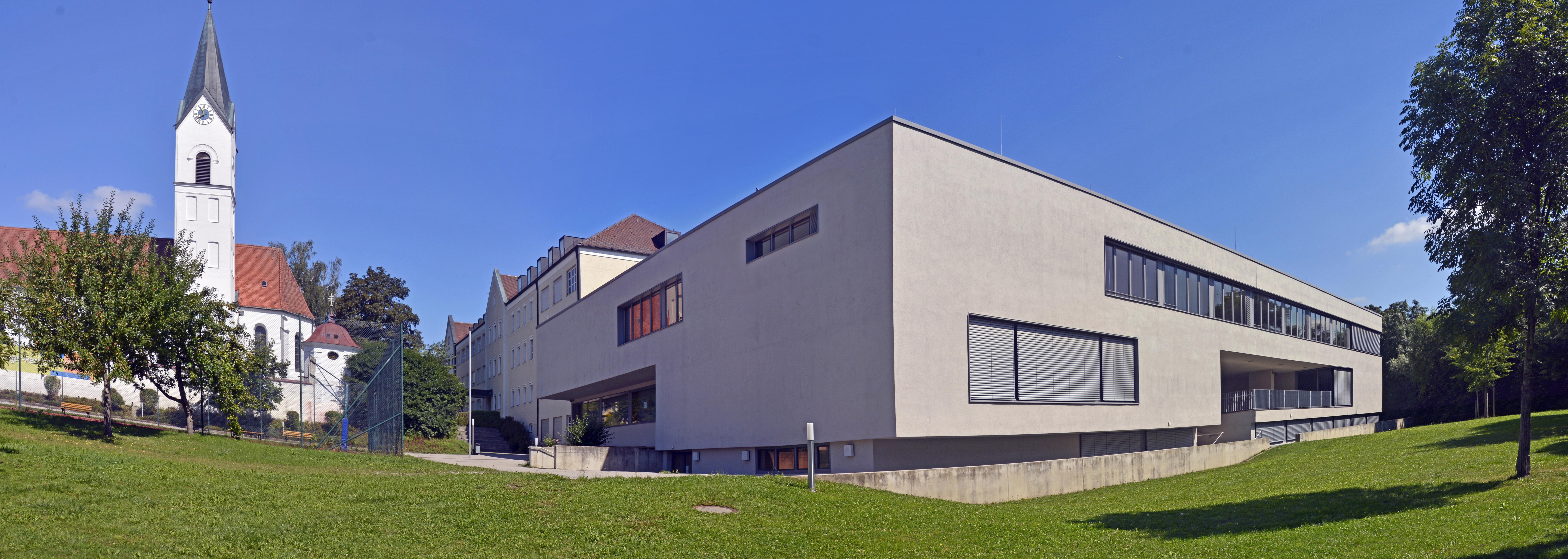 FileErzbischfliche Theresia Gerhardinger Realschule Weichs