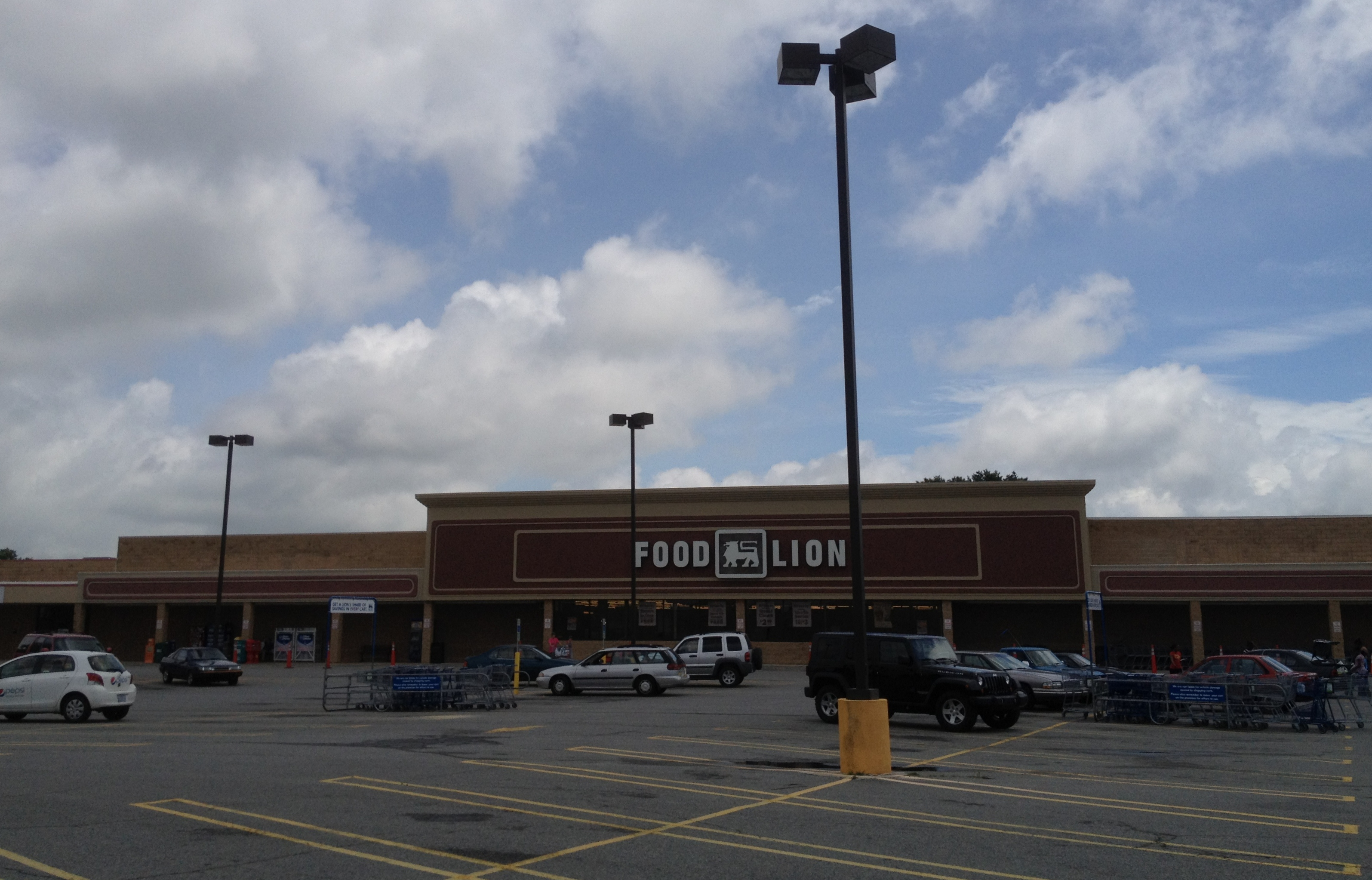File Food Lion Eden Mall Eden Nc 7377362276 Jpg