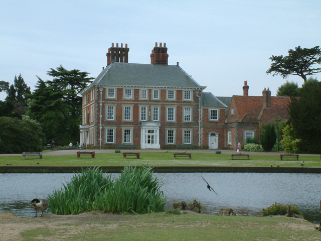 Forty Hall - geograph.org.uk - 9837