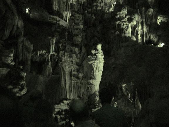 Image of Grotte_des_demoiselles.jpg#: http://commons.wikimedia.org/wiki/Special:FilePath/Grotte_des_demoiselles.jpg
