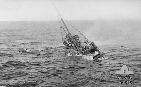 File:Japanese boat sinking.jpg