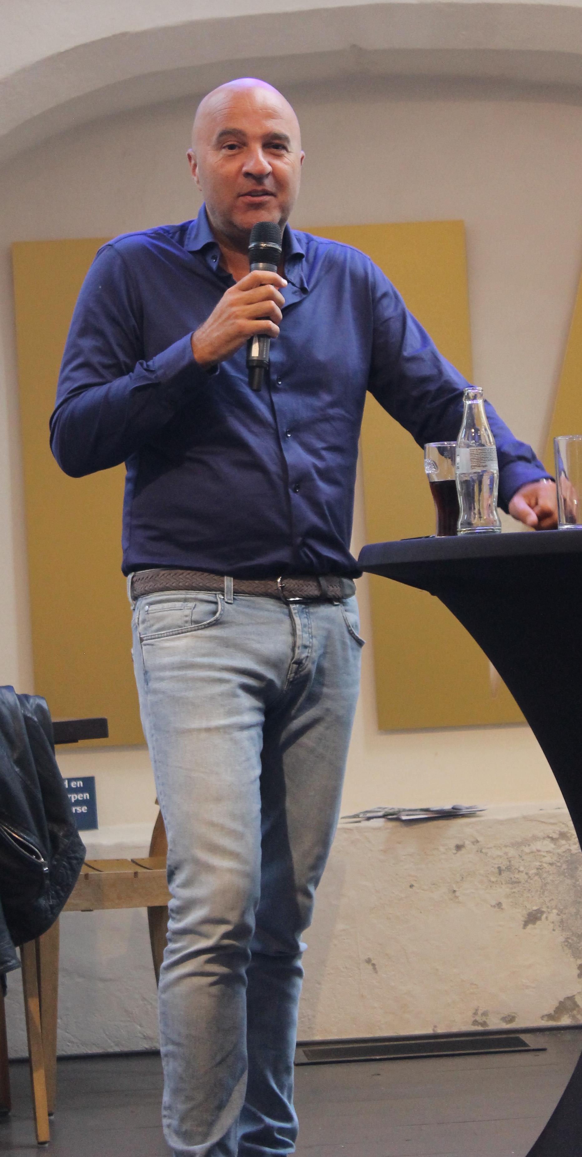 John Van Den Heuvel Wikipedia